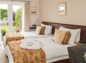 Clairmont Guest House in Telford